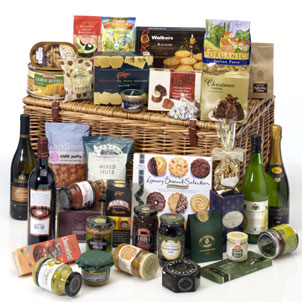 Send Cheap Irish Christmas Gift Baskets Ireland Delivery - Irish Republic - Christmas Food & Drinks Online !